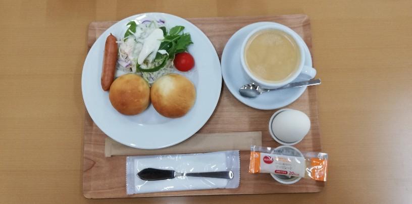 モーニング・セット(ワンコイン)、トースト+ゆで卵+野菜サラダに美味しかったコーヒー