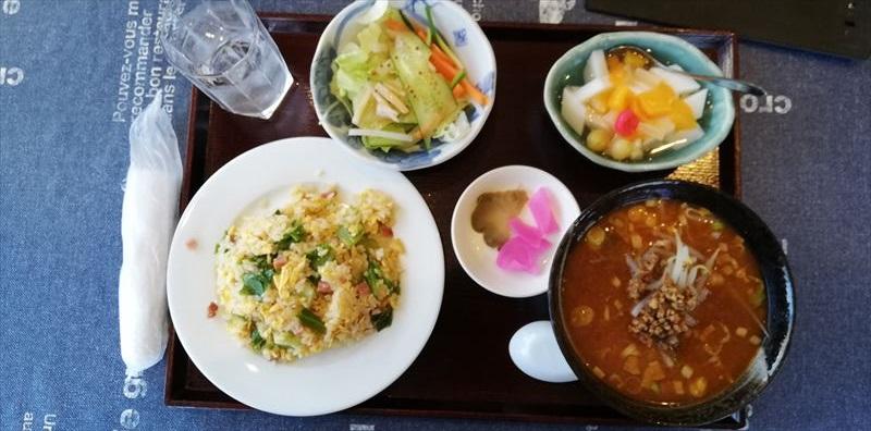 「杏仁豆腐セット」 ~ ハーフタンタン麺+ハーフレタス炒飯+杏仁豆腐+野菜サラダ+漬物