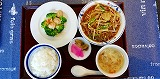 メニュー豊富な中国家庭料理「菜根香」の「ランチメニュー」から「本日の日替わりランチ」の「Aセット」を